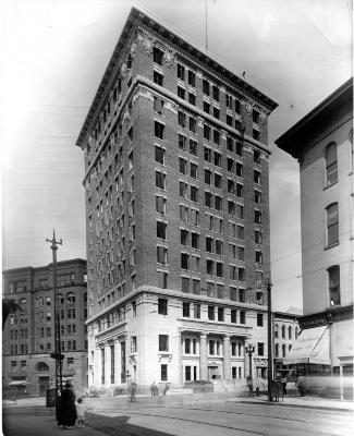 Grand Rapids Savings Bank (Peoples Building)