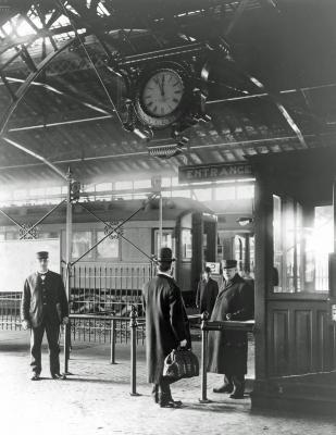Grand Rapids & Indiana Railroad Depot, interior