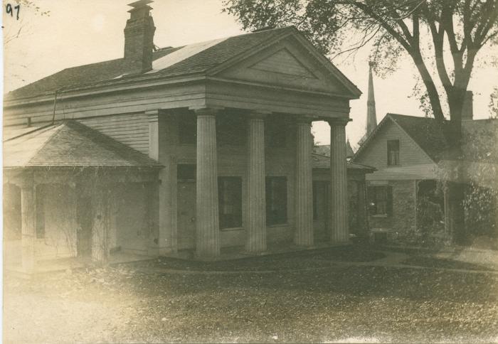 Pike house