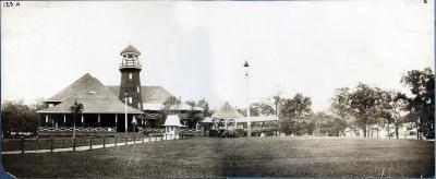 Reeds Lake pavilion
