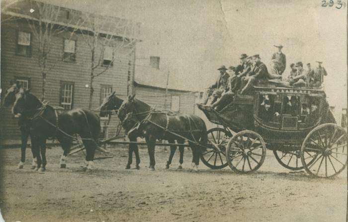 Kalamazoo stage coach, 1865