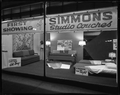 Simmons Couches Display