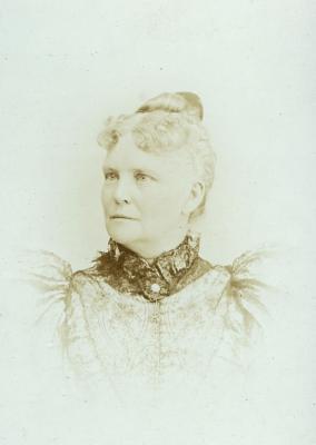 Loraine Immen
