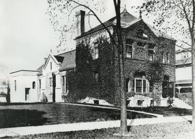 LLC Building 1900