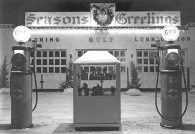 Gas station with Christmas decorations