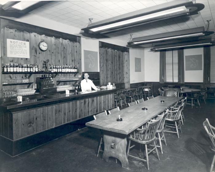 Peninsular Club Bar