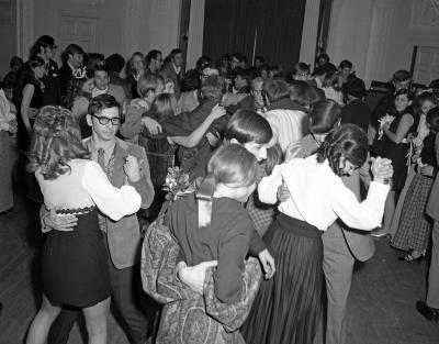 Aquinas College Thomist, Homecoming Dance