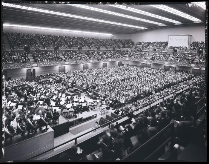 Civic Auditorium concert