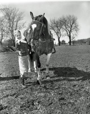 G. R. Riding Club, Horse & people at Van Dusen's residence