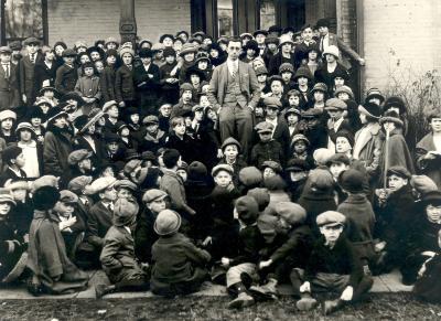 Frank Dumond and Children