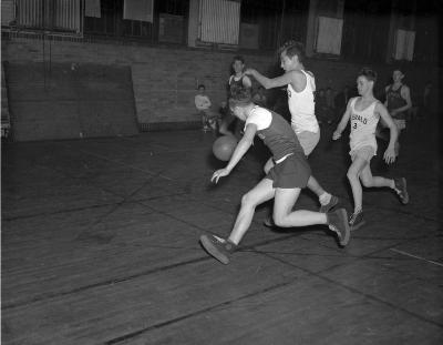Basketball, Herald carriers
