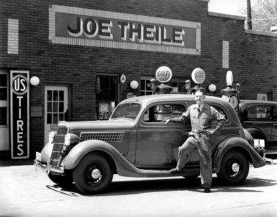 Joe Theile's Service Station