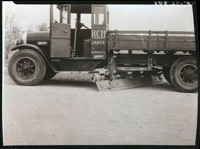 Monarch Hydraulics Road Scraper