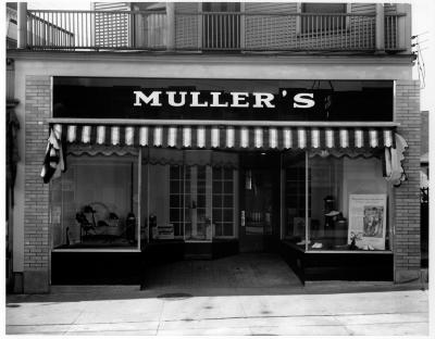 Muller's Shoe Store