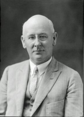 Robert W. Irwin