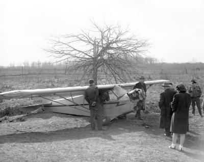 Airplane crash, William Holmes