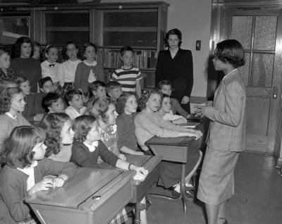 Alger School, speaker