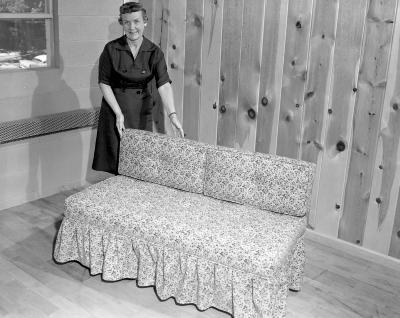 "American Auto Felt Company, """"Hide-a-bed"""" sofa"