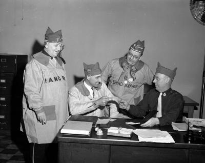 American Legion, Check for overseas cigarettes