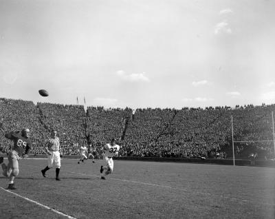 Ann Arbor, campus, football stadium