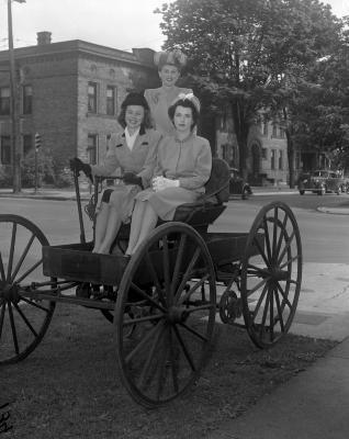 Babies Welfare Guild, Model, old car