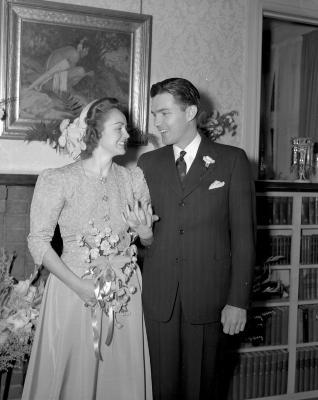 Baldwin, bridal couple