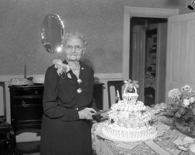 Barnaby, Mrs., 100 years old