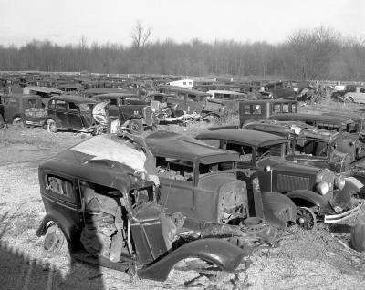 Barnes, Auto junk yard