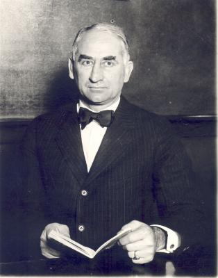 Palmer, Lue L