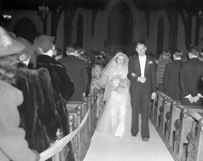 Barker, Janet, Bridal couple at church