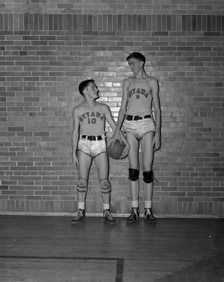 Basketball, Ottawa Hills High School