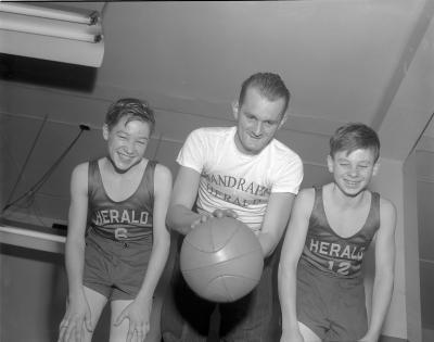 Basketball, Herald carriers league