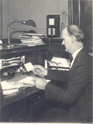 Hill, Robert G.