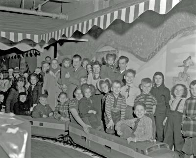 Herpolsheimer's toy train