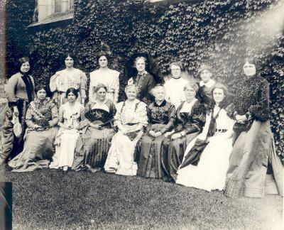 Group, Women