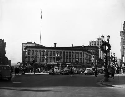 Porter Block, Monroe at Fulton