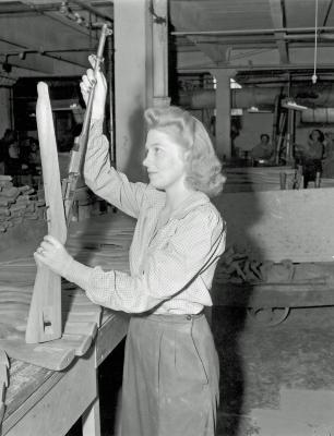 Robert W. Irwin Company, girl worker, brother was killed in service