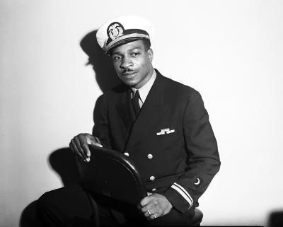 Naval Reserve officer