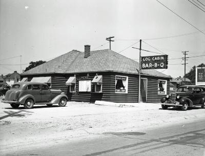 Log Cabin Bar-B-Cue Cocktail Lounge