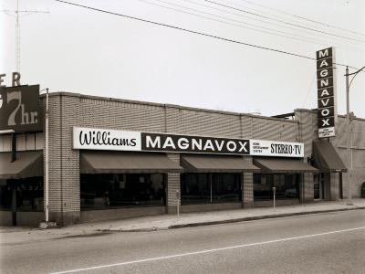 Williams Magnavox